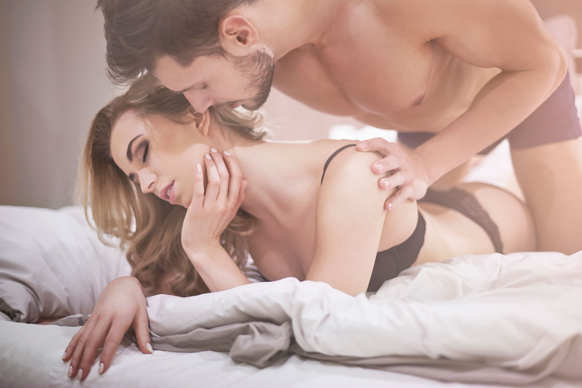 7 Ways to Spice Up Your Time in the Bedroom