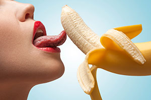 Bananas regulate strength level, increases libido and better sexual health